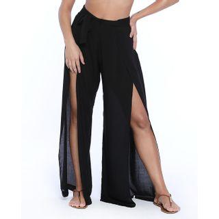 Pantalona longa com fendas na frente