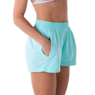 Short feminino com bolsos